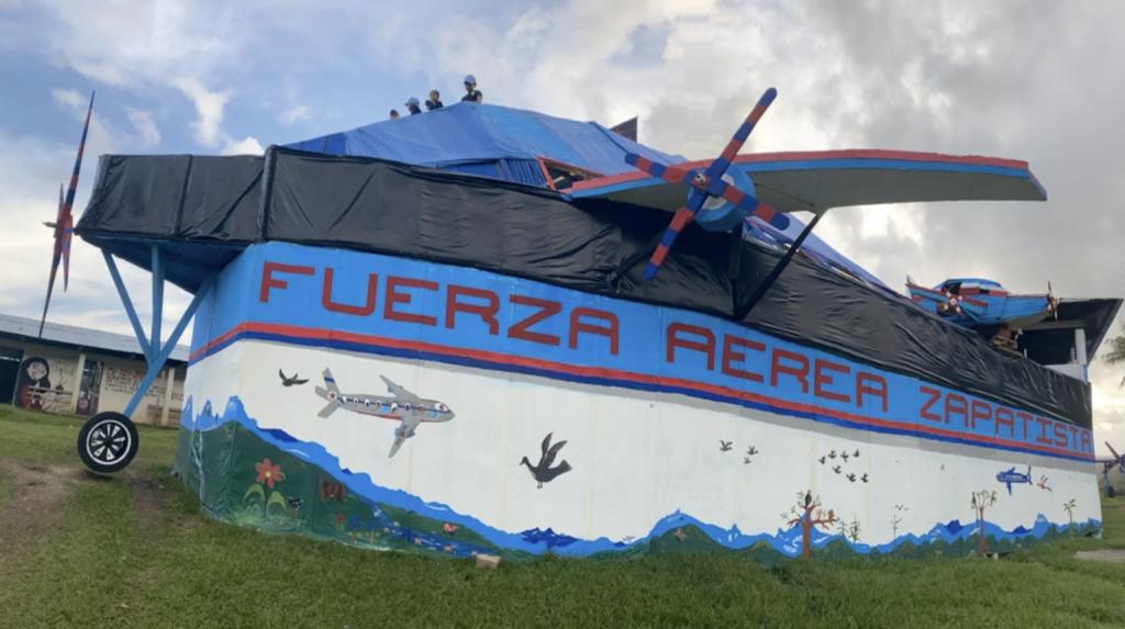 EZLN: La Tormenta arrecia, y sin embargo...