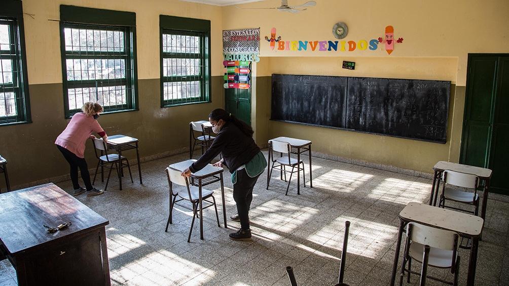 Extractivismo, vuelta a clases y control social en la Argentina