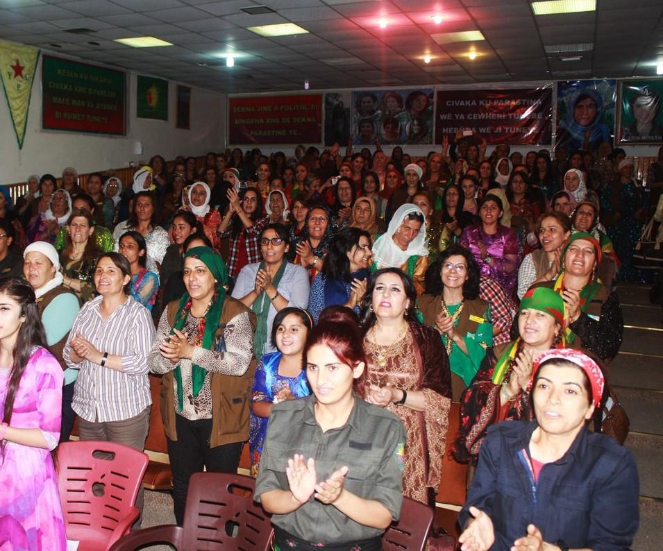 Las mujeres en la revolución de Rojava